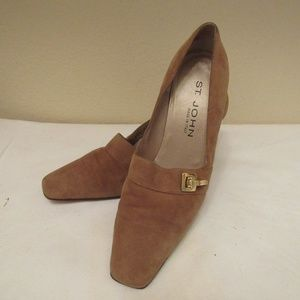ST. JOHN Tan Suede Heels Size 7.5 B Made in Italy